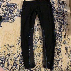 Saucony Running Leggings size small